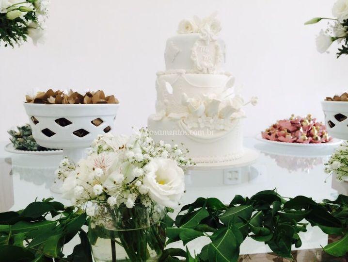 Nosso bolo com topo comestível