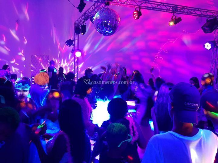 Festa Neon- Luz negra