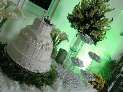 Mesa para bolo e doces