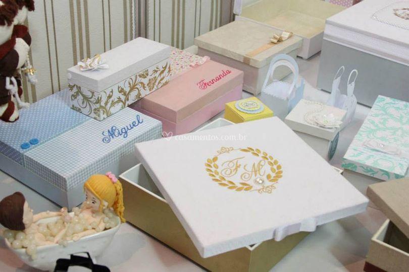 Caixas para casamento bordada