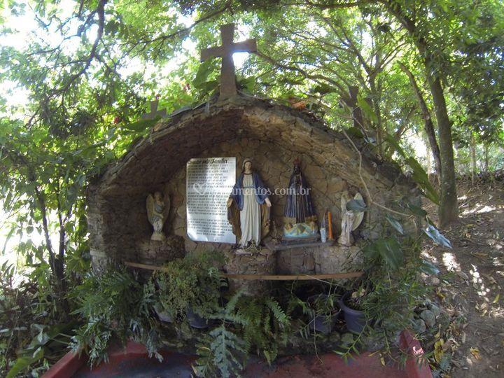 Pequena Capela Sitio 1