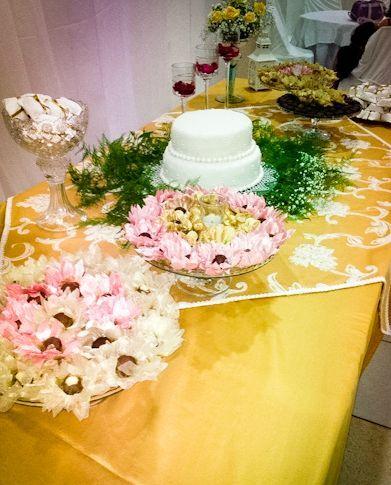 Mesa doce e bolo