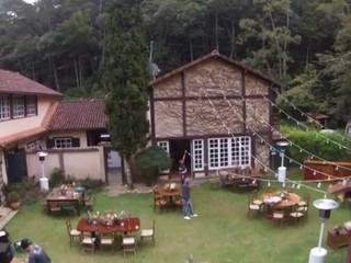 Casamento da Thay e do Pedro, na casa do Fachoalto.
