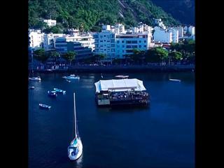 Flutuante Rio