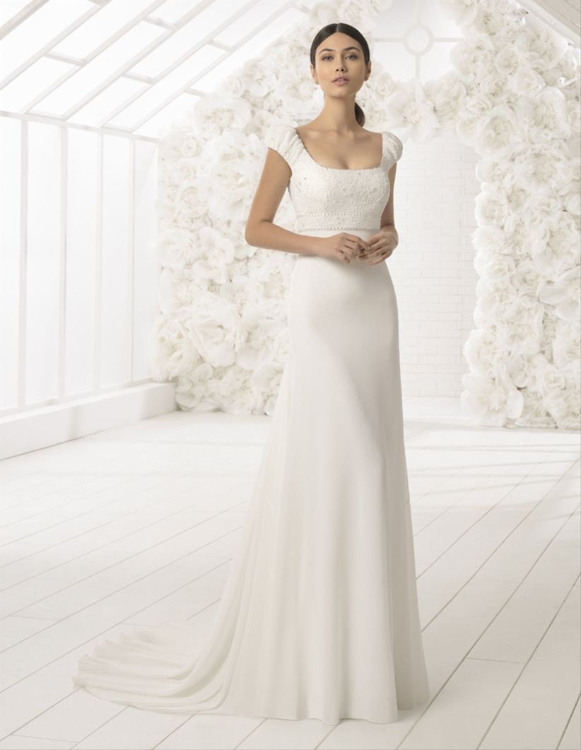 faac702657 30 Vestidos de noiva para mulheres maiores de 40