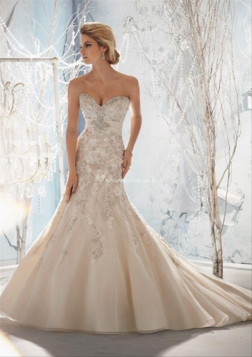 847bd172ef Vestido de noiva com decote coração