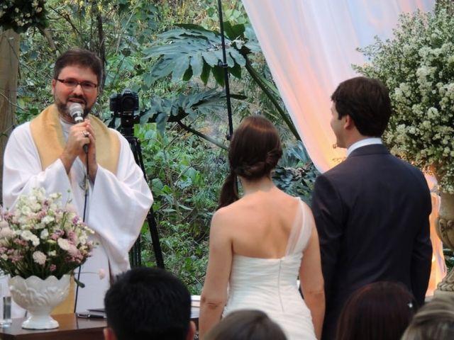 Escolhendo e convidando o celebrante de seu casamento