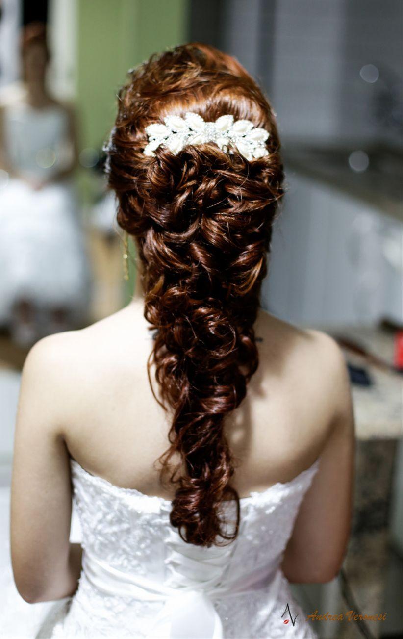 55 penteados para noivas de cabelo longo