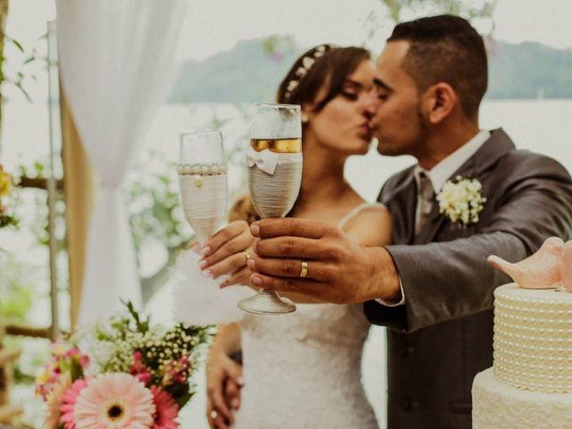 5 Tipos de decoração para as taças dos  noivos