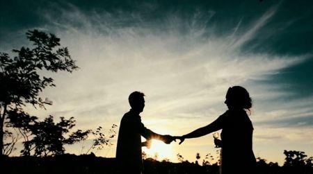 É possível se casar com alguém que conheci na Internet?