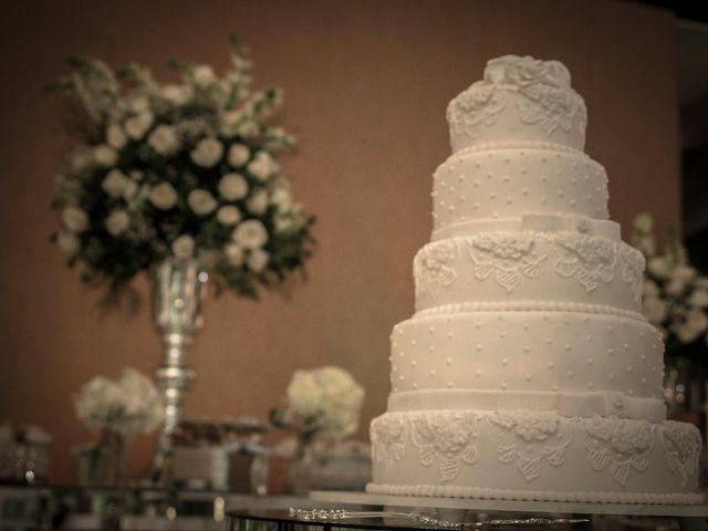 Como fazer um bolo fake de casamento