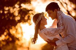 6 sinais que mostram que o pedido de casamento está perto