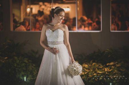 O que toda noiva deve saber sobre os vestidos de noiva a medida