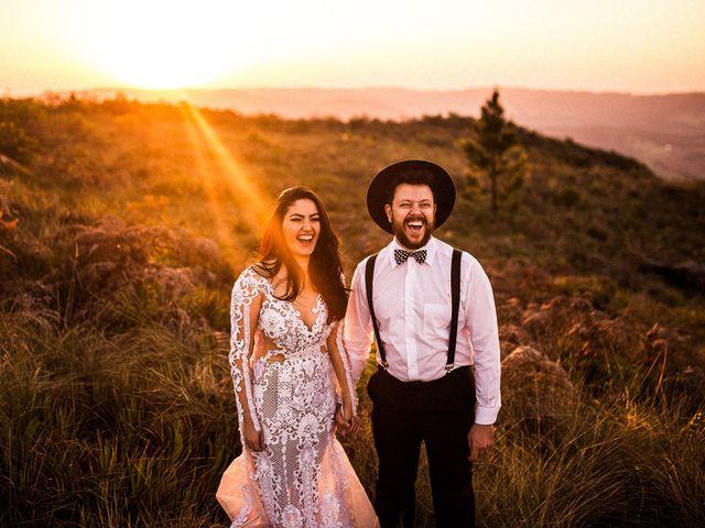 Eles querem mais destaque: chapéus para noivos com estilo