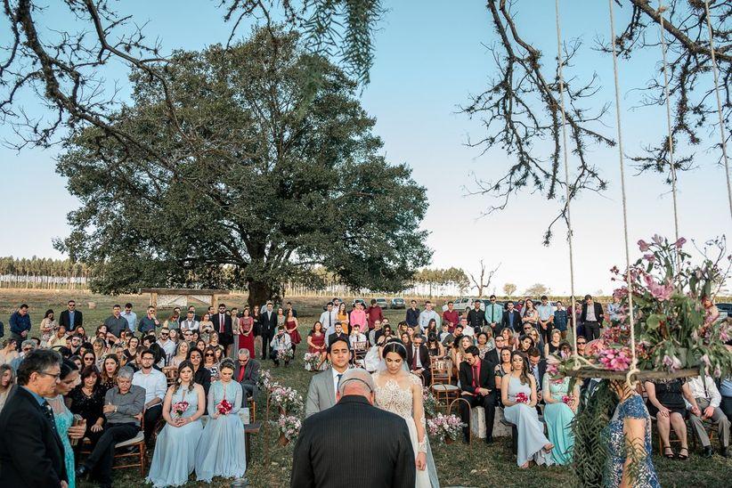 dad4445d117 Quando recebemos um convite de casamento ao ar livre é uma satisfação  enorme