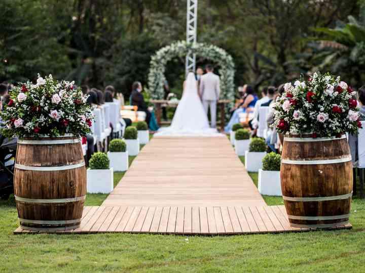 5 Formas de incluir barris de madeira no seu décor