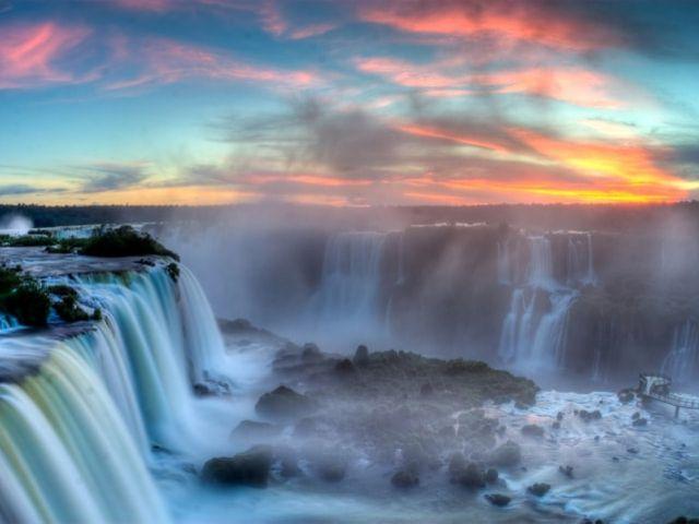 Lua de Mel em Foz do Iguaçu: romance em meio a um fenômeno da natureza