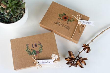 Convites de casamento com formato de caixinhas: um mimo