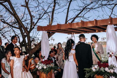 Quem pode fazer os discursos na recepção do casamento?