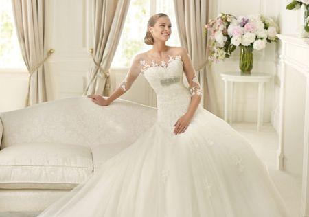 Como escolher a cor ideal para o seu vestido de noiva