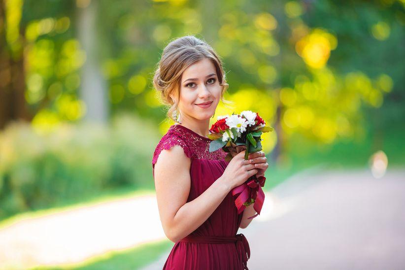 29a34ab2f As noivas têm uma lista de afazeres sem fim, e entre escolher o vestido, os  sapatos e os acessórios, passam por fases bem estressantes. Mas as  convidadas ...
