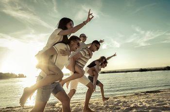 Buddymoon: lua de mel diferente com os amigos