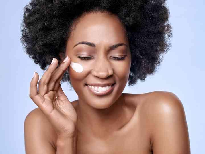Cuidados com a pele: faça hidratação em casa!