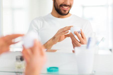 Maquiagem para o noivo: por que você deveria considerar essa opção?