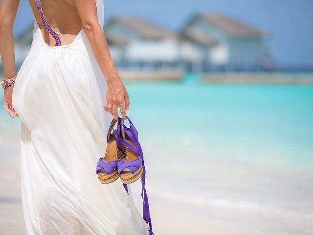 27 Sapatos de noiva para casamentos na praia