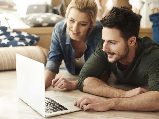 O que deve (e o que não deve) fazer no seu site de casamento