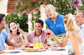 Como sobreviver à primeira reunião com a família do noivo