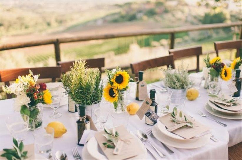 casamento jardim simples : casamento jardim simples:As flores estiverem presentes em toda a decoração, especialmente os