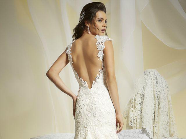 Vestidos de noiva Giulliano Oliva: temporada de rendas