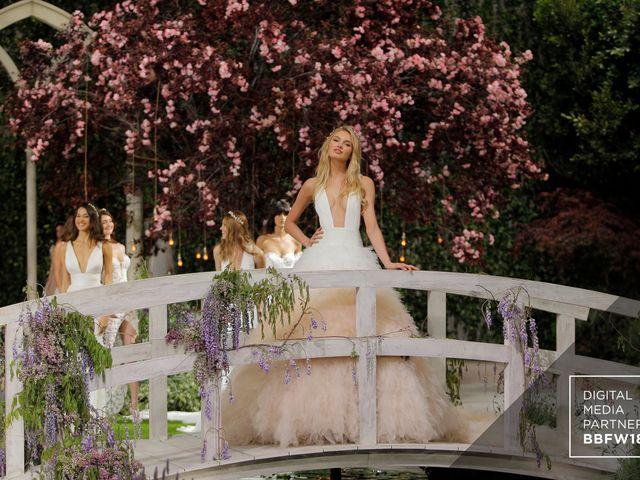 Pronovias apresenta seus vestidos de noiva 2019