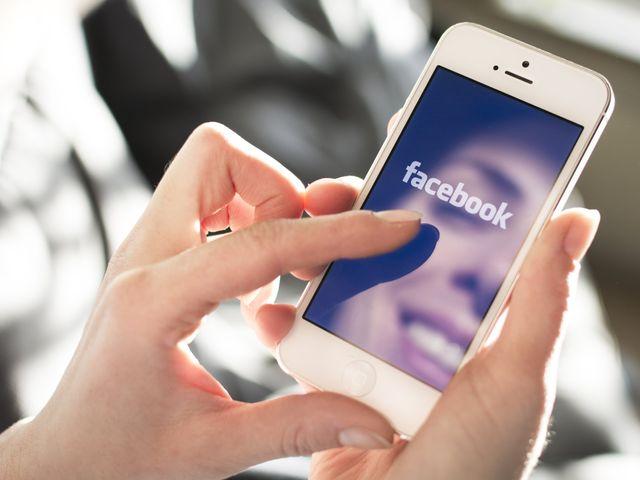 5 erros a serem evitados com o Facebook em seu casamento