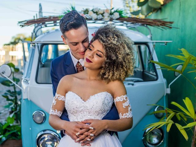 Penteados para noivas com cabelo crespo: 50 imagens para te inspirar
