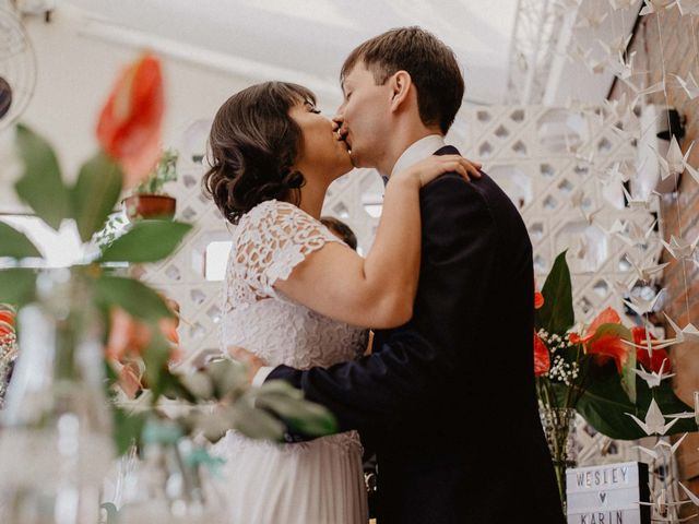 O casamento de Karin e Wesley: amor e origamis por toda parte