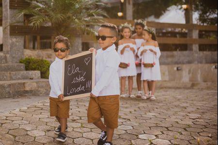 20 Frases para anunciar a chegada da noiva