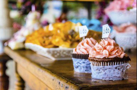 Como calcular a quantidade de doces do meu casamento?