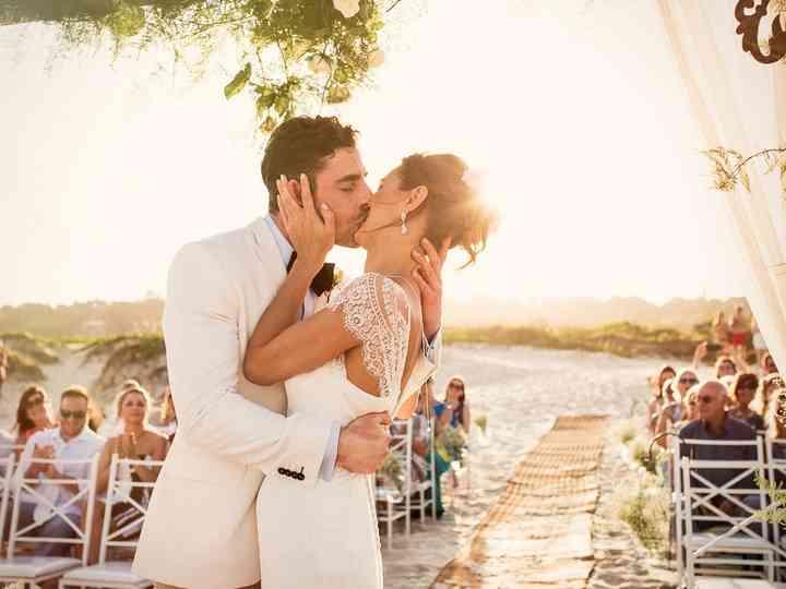 Casamento na praia: detalhes que vocês precisam ter em mente