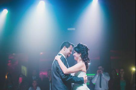 Abrindo a pista de dança com músicas inspiradas no cinema