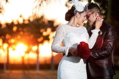 Buquê de noiva vermelho: as melhores maneiras para aderir a essa cor poderosa