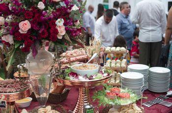 9 perguntas que deve fazer antes de calcular o jantar de casamento