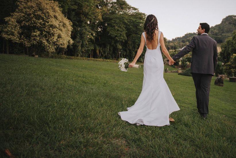 d9ab0f2f26be6 Os tipos de branco para o seu vestido de noiva