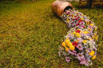 6 Formas diferentes para colocar arranjos de flores no décor