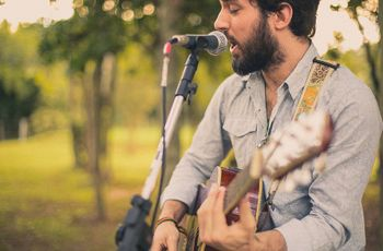 Músicas instrumentais para casamento: surpreenda com com canções ao vivo