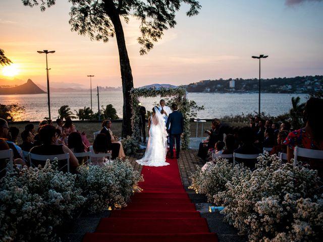 O casamento de Fagner e Daiana: primeiro amor celebrado ao pôr do sol