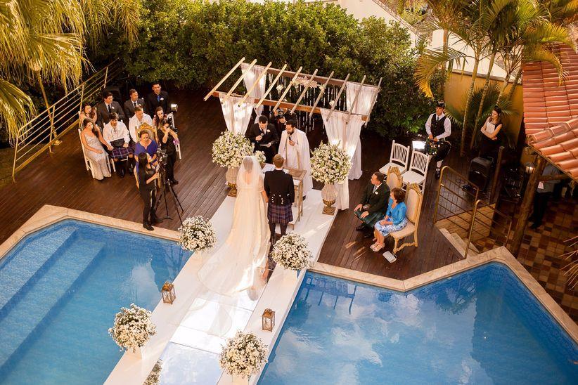 Ideias para decorar aárea da piscina no casamento