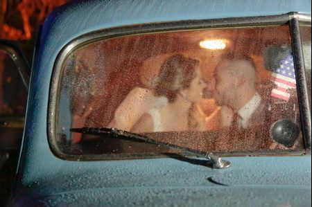 O casamento de Camila e Claiton: amor e estilo retrô