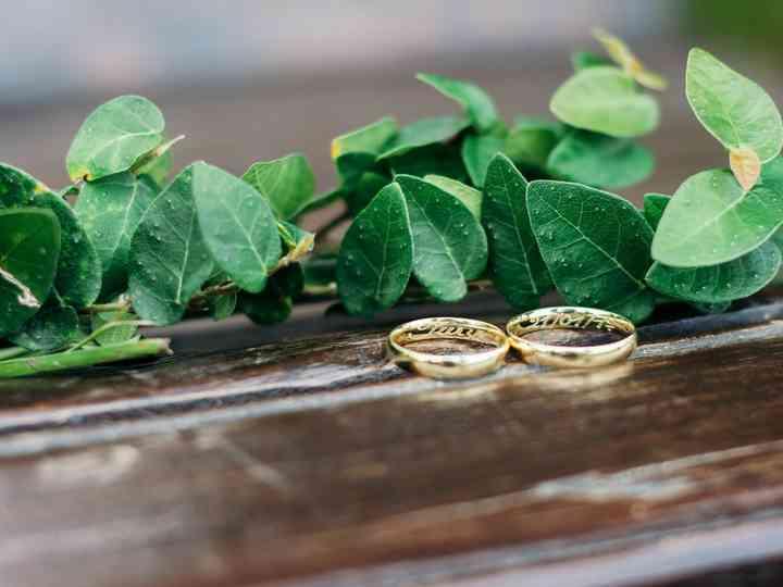 15 Frases originais para gravar nas alianças de casamento